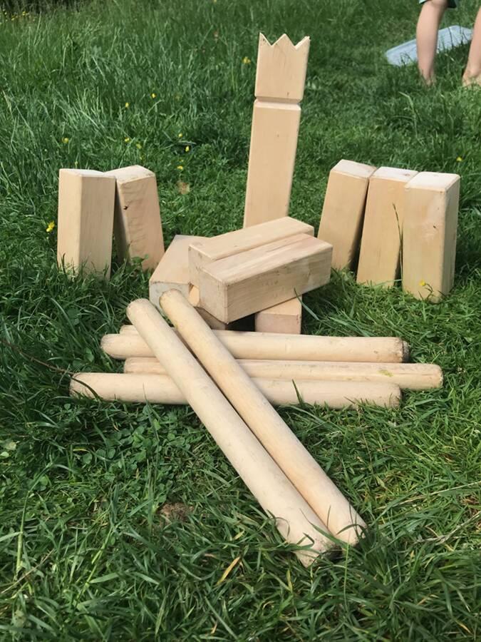 Outdoor-games-utomhusspel-kubb-Ullstorps-stugor-Skåne