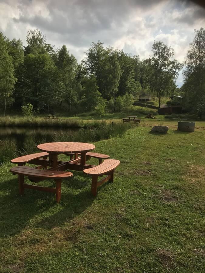 Pick nick platsen vid stora dammen